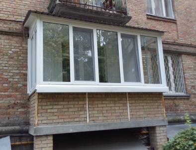 blocks/2September2021-22:17/osteklenije-balkona-3-mini.JPG