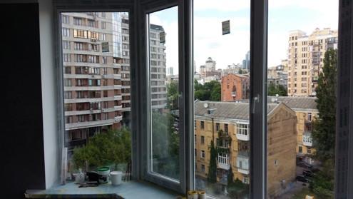 blocks/2September2021-22:24/osteklenije-balkona-5-mini.JPG