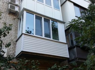 blocks/2September2021-22:27/osteklenije-i-obshivka-balkona-2-mini.JPG