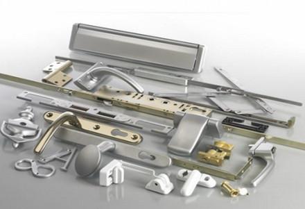 solutions/2August2021-7:11/Furnitura-k-oknam-PVH_site.jpg
